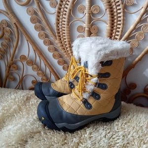 NEW Keen Snow Boots